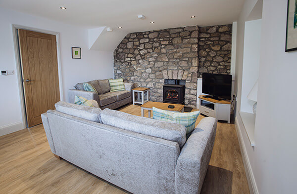 gower_cottages_upper_brynfield_lounge_600