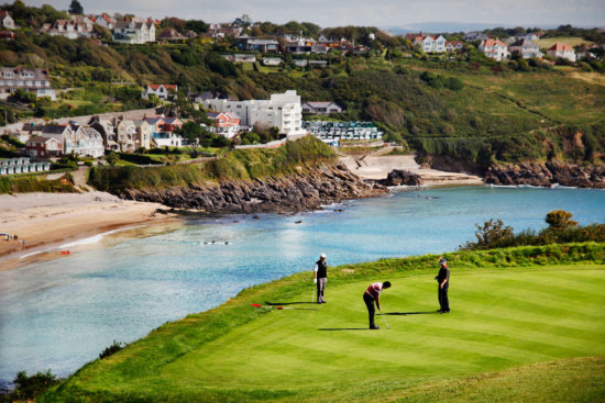 accommodation for golfing break in south wales,langland bay