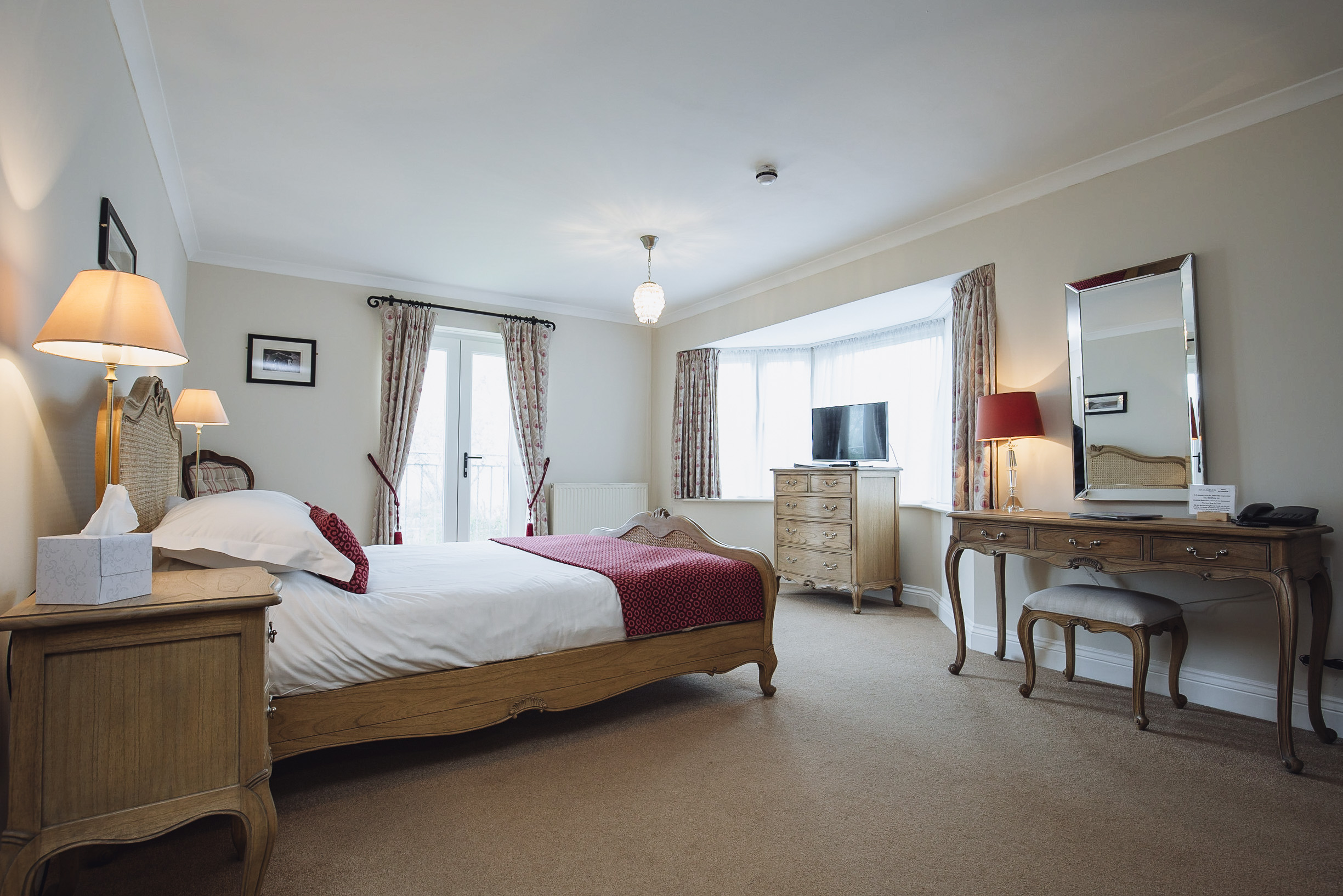 luxury king size rooms gower swansea