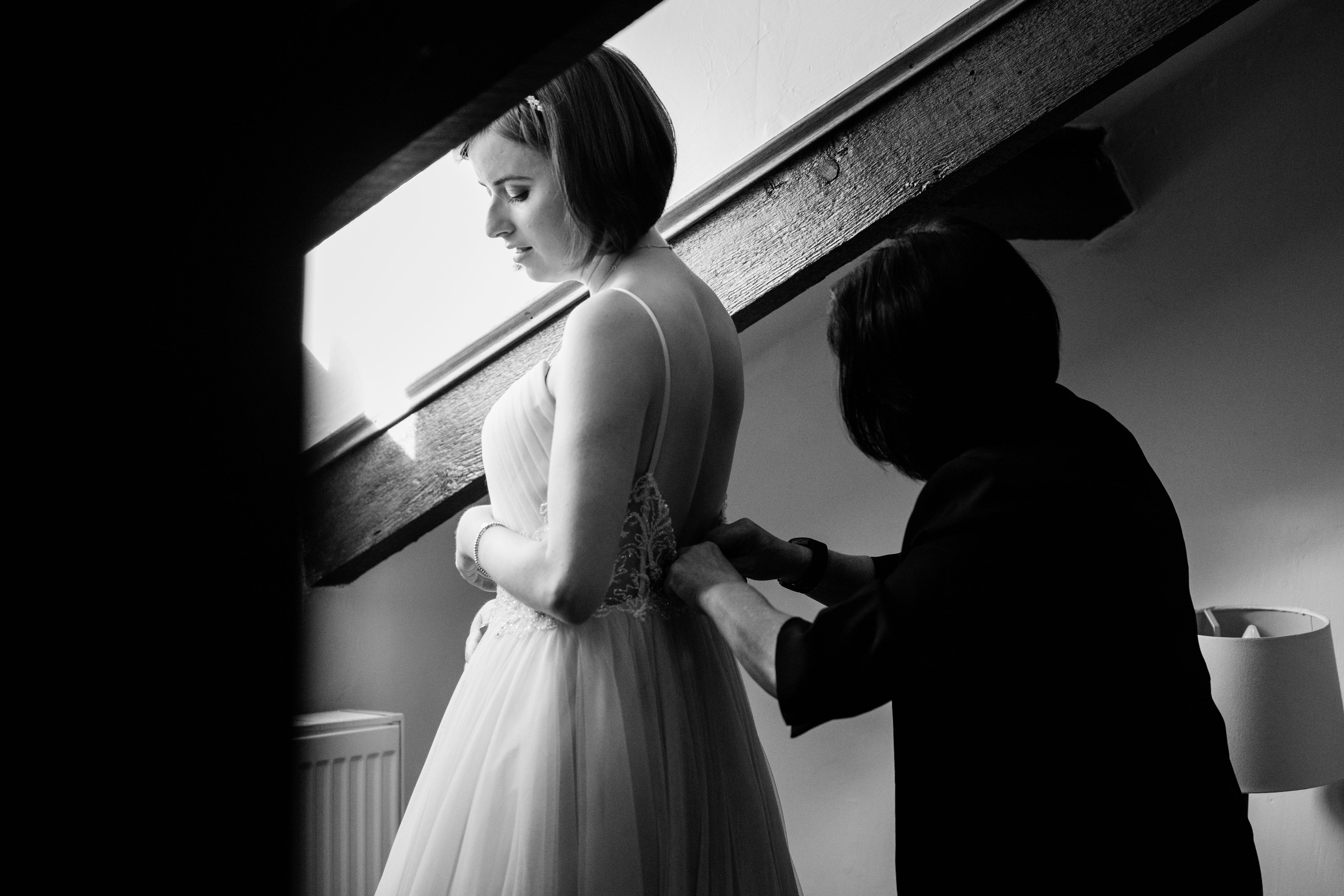 gower wedding bride getting ready